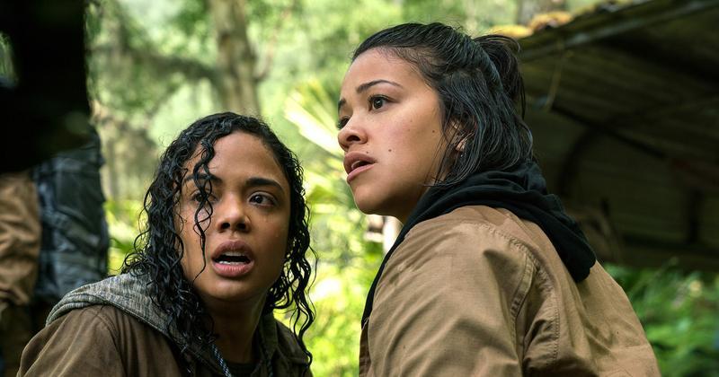 Gina Rodriguez (Right), Tessa Thompson (Left)